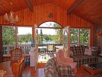 Tobermory Listing for Sale - MINUTES FROM DOWNTOWN TOBERMORY - 43 SIMPSON AVE