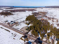 Lions Head Listing for Sale - STARTER HOME WITH LARGE SHOP - 2916 HIGHWAY 6